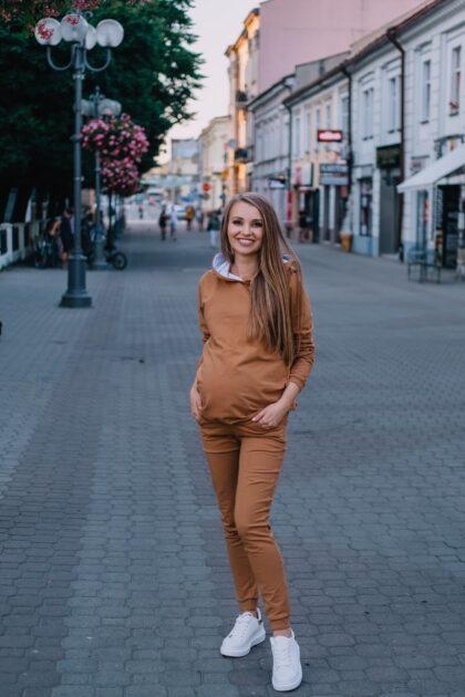 komplet dresowy ciążowy Margo karmel